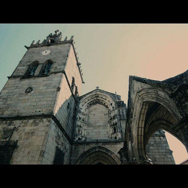 Igreja de Nossa Senhora da Oliveira, #Guimaraes (#Portugal) http://bit.ly/26JxYex