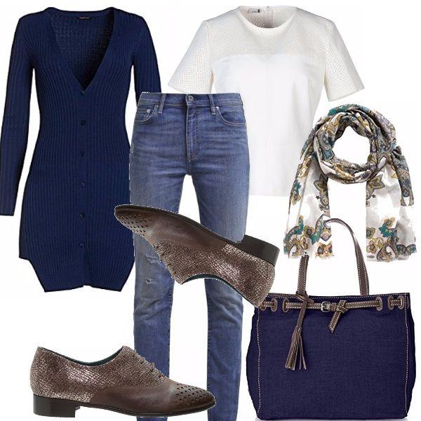 Cosa indossare il primo giorno di lezione? Andiamo sul sicuro con il jeans di linea diritta, la blusa in seta bianca ed un lungo cardigan blu. Stringata tortora con lavorazione a rilievo. Shopping bag blu con manici e particolari tortora. Sciarpina in fantasia.