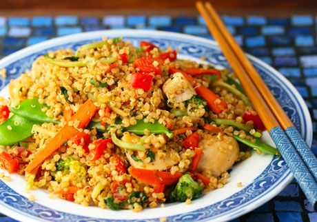 So colorful! Chicken and Vegetable Quinoa Stir-Fry @Lydia (The Perfect Pantry)