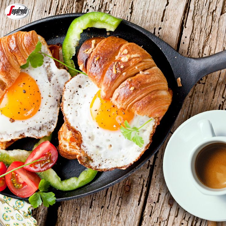 Sycące i pobudzające śniadanie? Koniecznie z aromatyczną kawą w tle :) #segafredo #segafredozanetti #segafredozanettipoland #breakfast #śniadanie #goodmorning #morning #poranek #goodday #food #kawa #coffee #coffeetime #coffeelovers #przepis #recipe