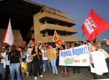 Aos 115 dias, acaba greve dos professores estaduais.