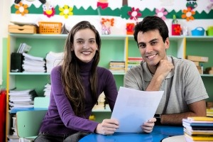 Teacher and parent in the classroom. Some helpful tips to make those connections easier.