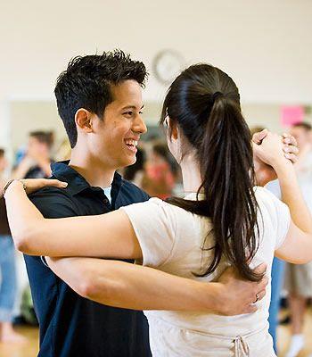 Vă doriți să urmați cursuri de dans , însă nu sunteți siguri ce să alegeți? Nu aveți idee ce s-ar potrivi personalității dumneavoastră