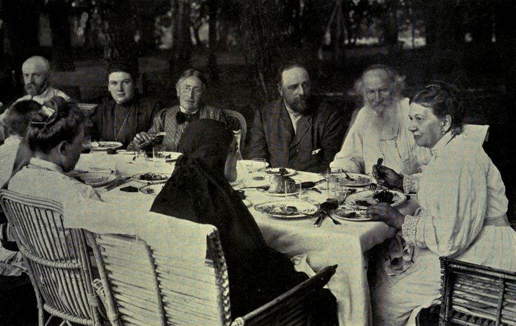 The family circle at Yasnaya Polyana. c. 1905, Tolstoj