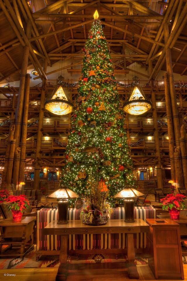 Disney's Wilderness Lodge Christmas Decorations Walt Disney World 2013