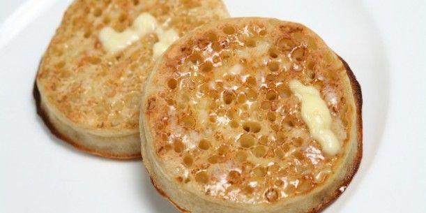 Make crumpets at home?  No way!  Homemade Crumpets | Stay at Home Mum