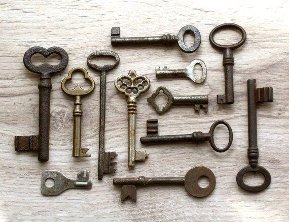 Wholesale Antique And Vintage Skeleton Keys Genuine Iron