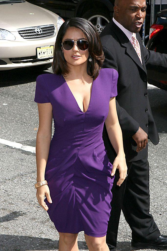 Salma Hayek Photos - Salma Hayek Wears Purple for Letterman - Zimbio