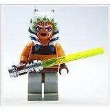 LEGO Star Wars Minifigur - Clone Wars - Ahsoka mit Laserschwert Griff in Flat Silver