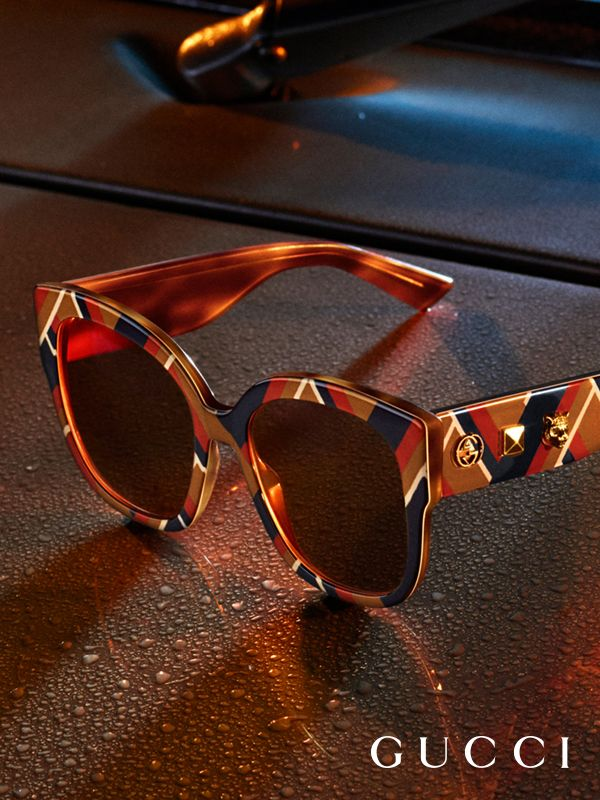 A chevron pattern details new Gucci Spring Summer 2017 sunglasses by Alessandro Michele.