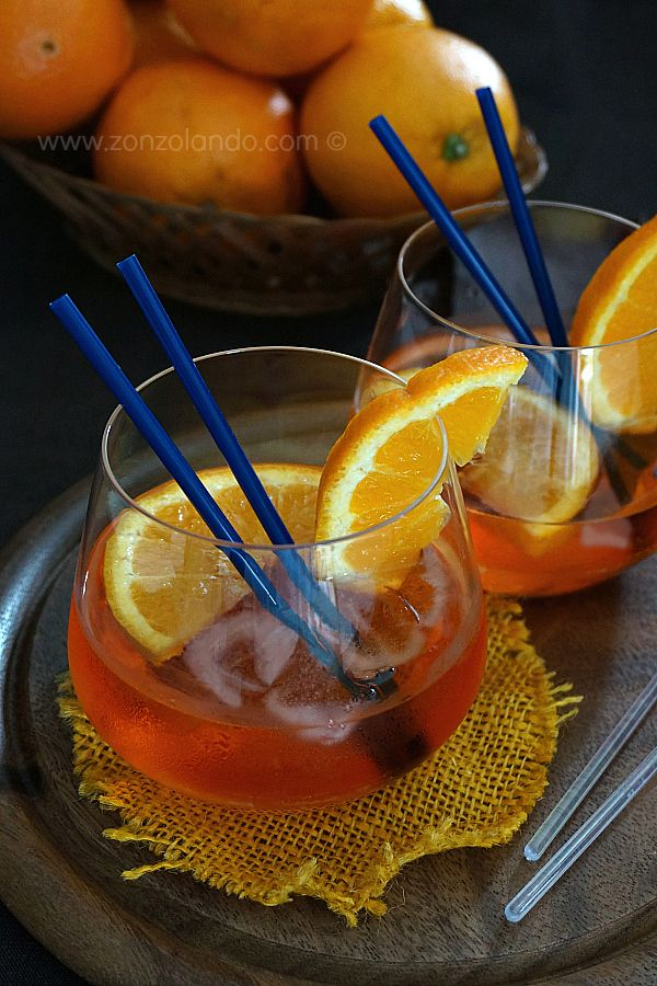 Spritz - Prosecco and aperol cocktail | From Zonzolando.com