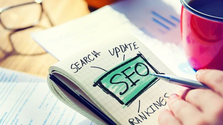 http://maxgmm.ru/blog/item/88-chto-takoe-seo-optimizatsiya.html  📌Что такое SEO оптимизация  Наверняка Вы слышали о поисковом продвижении сайта. Даже если Вам незнакома такая формулировка, то Вы прекрасно знаете, что существуют поисковые системы (#Яндекс, #Google, #Rambler и другие), которые выдают пользователям списки сайтов в ответ на вводимые запросы (например, «аренда квартиры», «доставка обедов в офис» или «отели подмосковья»). Причем какие-то сайты выходят на первые места в поисковой…