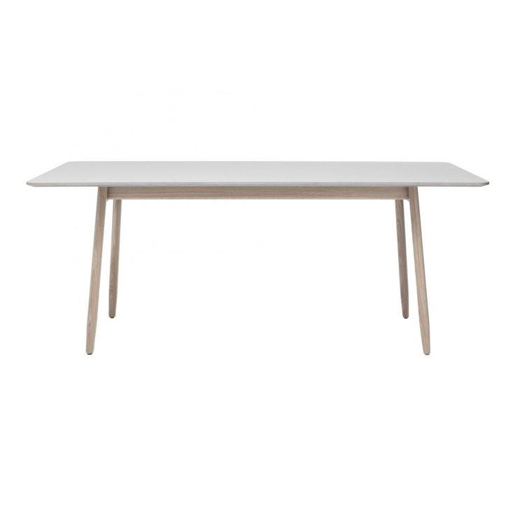 Icha från Massproductions är en elegant kollektion där asiastiska och skandinaviska möbeltraditioner möts. Samtliga möbler i serien har det slanka och samtidigt starka uttrycket gemensamt. Namnet Icha kommer från den japanska restaurang i Stockholm som pallen ursprungligen formgavs för. Kollektionen innehåller stol, pall, barpallar, skrivbord samt matbord i flera utföranden.