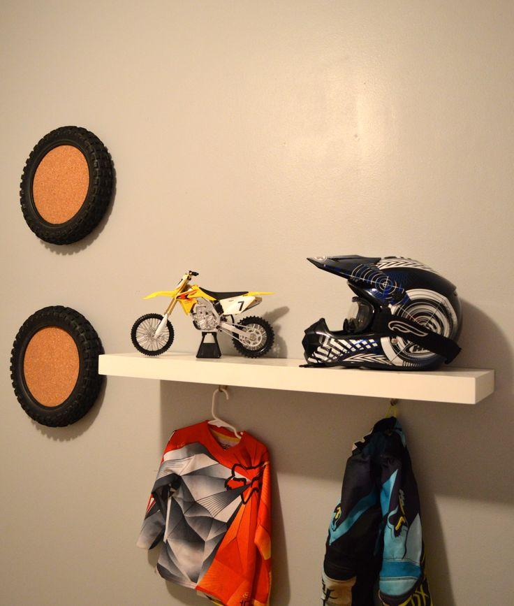 25 Best Ideas About Dirt Bike Room On Pinterest Dirt Bike Bedroom Bike Room And Kids Dirt Bikes
