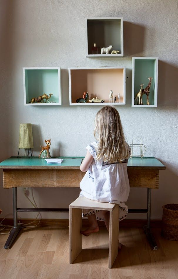 6 Old School Desks - Petit & Small