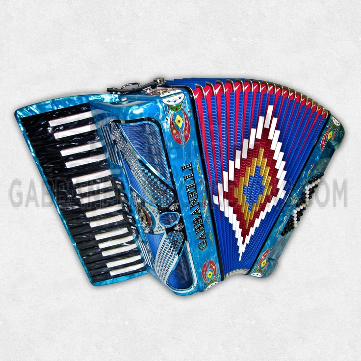 M34 Gabbanelli Piano Sky LSM SD-what a fancy accordian, I used to play.