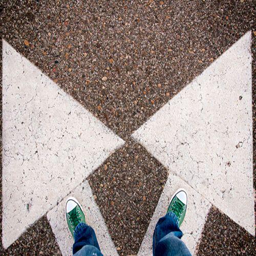 Seçim yapmak zorundasınız ve endişeleriniz mi var? Geçmişte yaptığınız hatalar, bu gün yeni adımlar atmanıza engel olmasın. Şimdi, geçmişi bırakıp geleceğe bakma zamanı.. İlk adımı nasıl atabilirim?, Nasıl ilerleyebilirim?, Nasıl başarabilirim? sorularını kendinize sık sık sorun. Doğru cevabı mutlaka bulacaksınız. http://www.sodexoavantaj.com/iyi-yasa