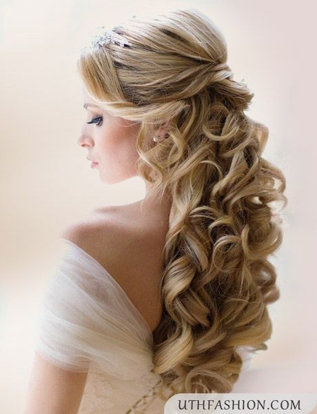 Curled Hairstyles Half Up