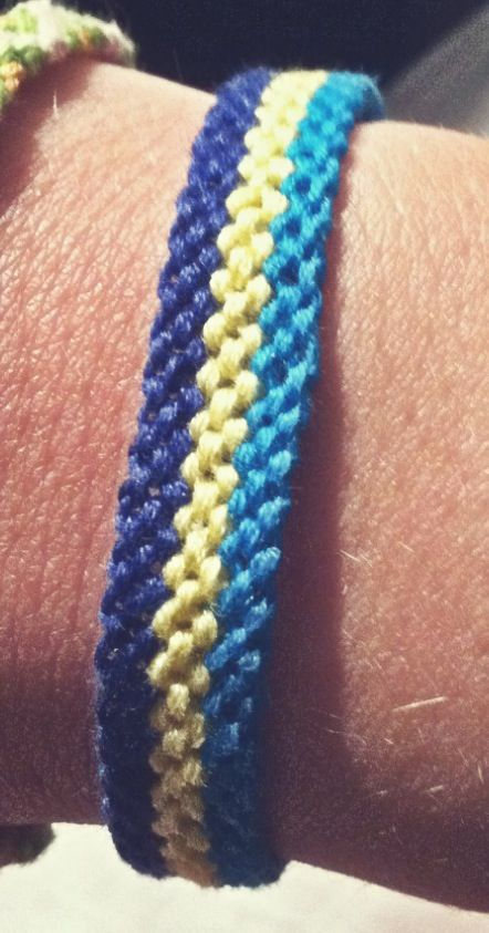 Friendship bracelet pattern @tiffanijshipman - let's make these for each other!