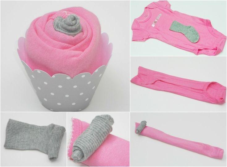 Cupcake aus Babykleider in Pink und Hellgrau – Anl…