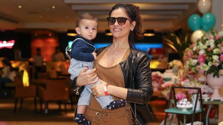 Suzana Alves aparece com o filho em evento em São Paulo #Apresentadora, #Atriz, #Críticas, #Festa, #Filha, #Foto, #Hoje, #Instagram, #M, #Morena, #Noticias, #SãoPaulo, #Sasha, #Suzana, #SuzanaAlves, #Tiazinha, #Xuxa http://popzone.tv/2017/05/suzana-alves-aparece-com-o-filho-em-evento-em-sao-paulo.html