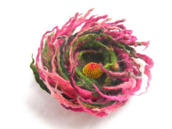 Felt flower brooch Pink Green /Wool Felt Jewelry/ door Marywool, $22.00