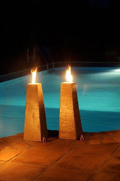 Chicargo Oillamp made of shiffer stone avalible in 40 cm tall oillamp and 60 cm tall oillamp (picture)