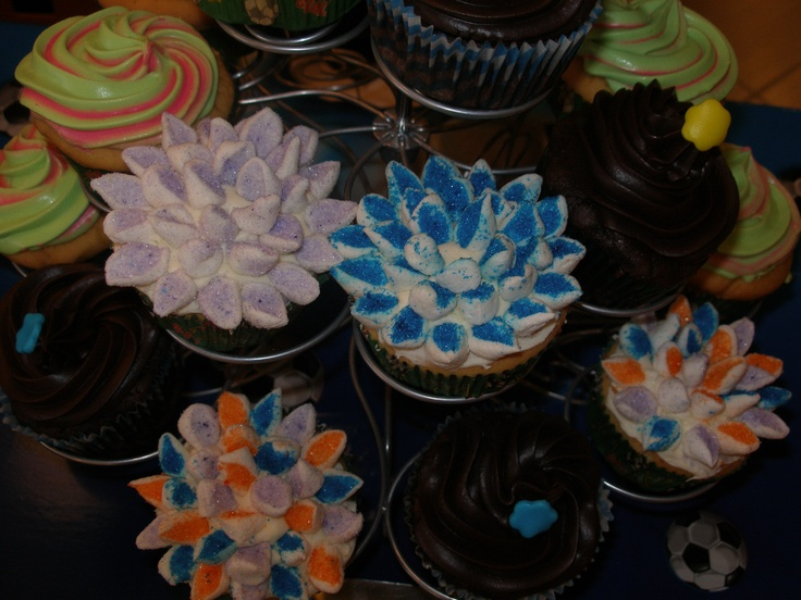Flower Cupcakes with mini marsmallows