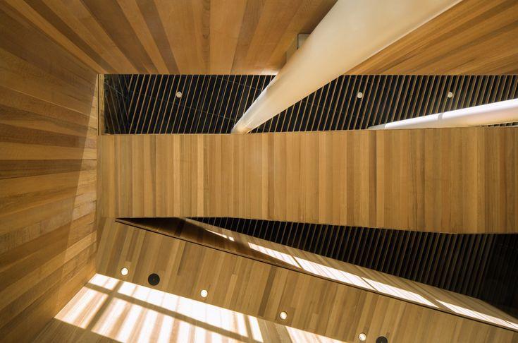 Gallery of Robert H. Lee Alumni Centre / KPMB Architects + Hughes Condon Marler Architects - 3