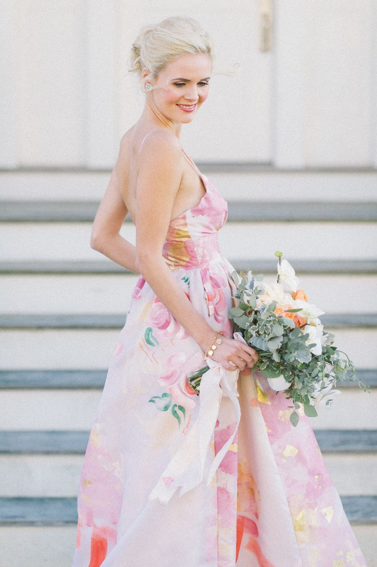 Photography: Kat Harris - www.katharrisweddings.com  Read More: http://www.stylemepretty.com/2015/02/06/preppy-wedding-inspiration/