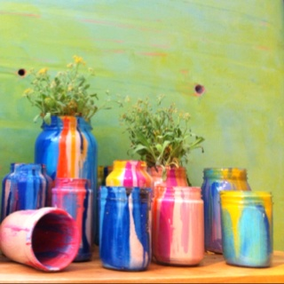 Vases that I saw at Anthropologie. Cool grouping & easy to make.Copy Cat