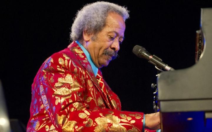 Could this guy ever play; Allen Toussaint, passed away in Madrid after performance, RIP!