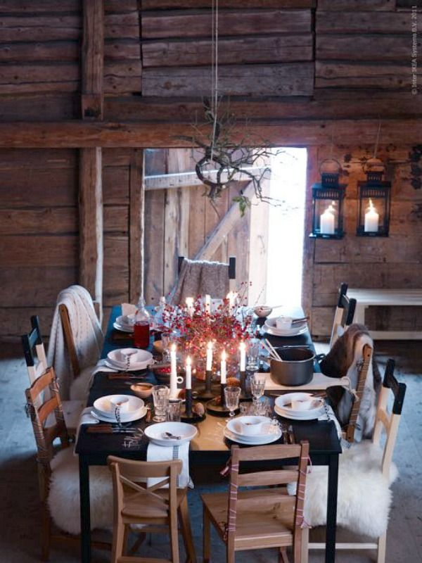 Love thisDining Room, Tables Sets, Cabin Christmas, Christmas Tables, Barns Parts, Dinner Parties, Christmas Dinner, Dinner Tables, Logs Cabin