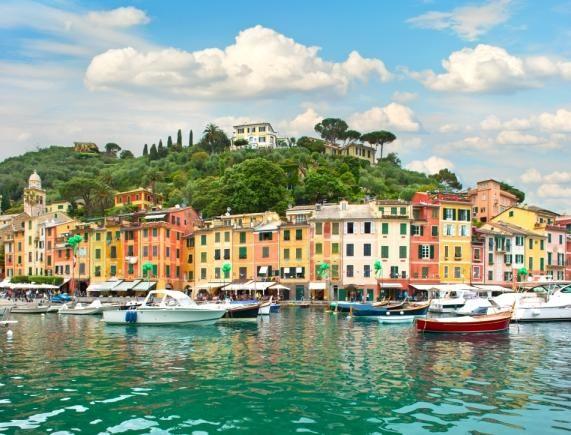 Αποδράστε μαζί με την Manessis Travel στις λίμνες της Βόρειας Ιταλίας και την Ελβετία με μια οργανωμένη αεροπορική εκδρομή για την γιορτή του Αγίου Πνεύματος.