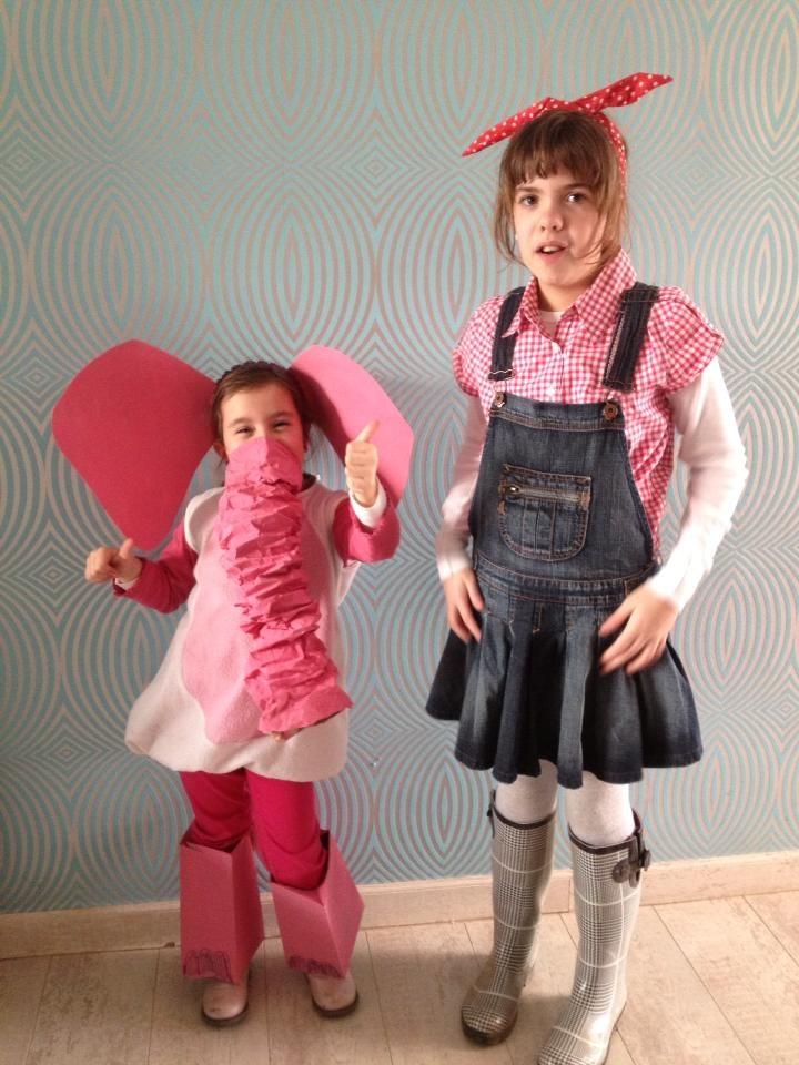 Norah ging als haar lievelingsdier carnaval tegemoet: een roos olifantje en Elia als boerenmeisje :)
