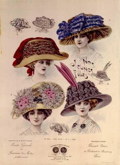 Hats from Expostion Universalle, Paris (1900) Những chiếc mũ hoạ tiết hoa lá khá rắc rối và trông nặng nề là một trong những trend thời này. Mũ khá cao và người phụ nữ có thể thể hiện kiểu tóc gibson của mình.