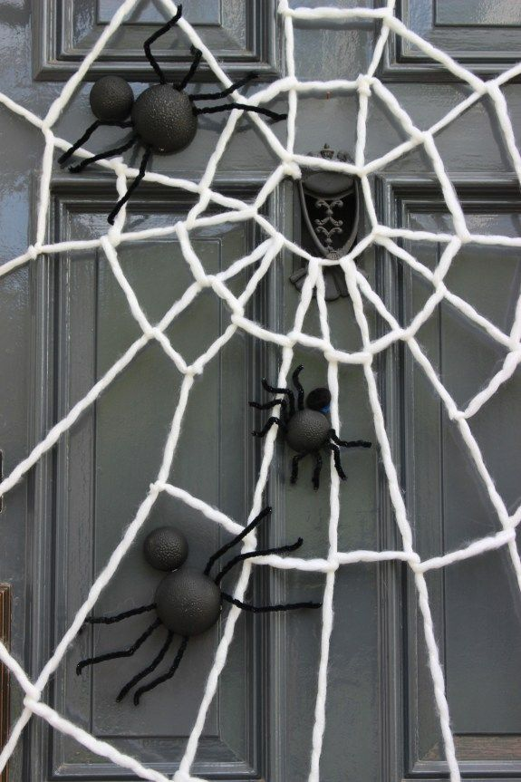 100 best images about halloween on pinterest happy colors giant spider and cocktails. Black Bedroom Furniture Sets. Home Design Ideas