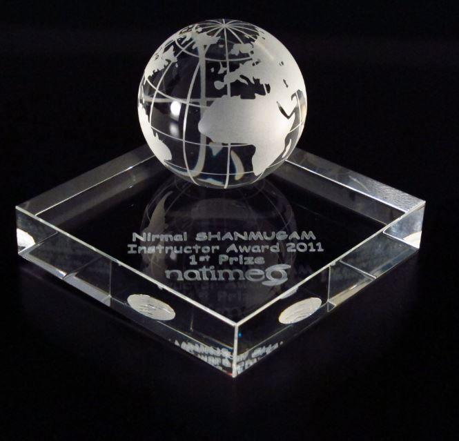 Trophée Création sur mesure - La gravure laser 3D : Trophées en verre Trophées sur mesure