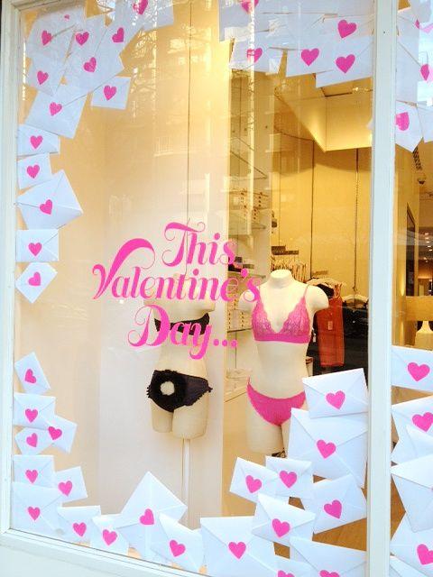 Valentine's Day window display   VM   Visual merchandising   Shop window   Window dressing   Window decals   Window graphics   Custom printing   Custom printed