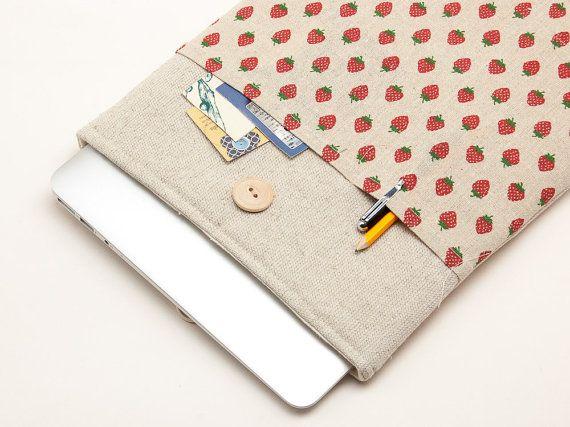 Laptop sleeve. MacBook case. MacBook 11 Air case. MacBook 13 Pro with Retina display case. MacBook 15 Pro cover. Strawberries print cover.