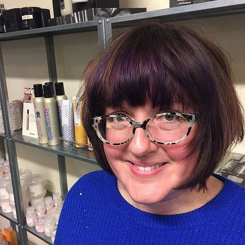 layered bob with highlighted bangs  round face recommendation