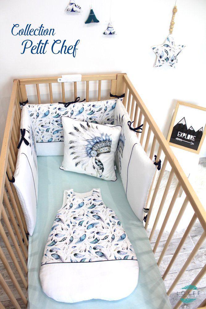 Ensemble tour de lit & gigoteuse parfait pour la chambre d'un petit indien. Le tour dans un camaïeu de bleu et du gris.