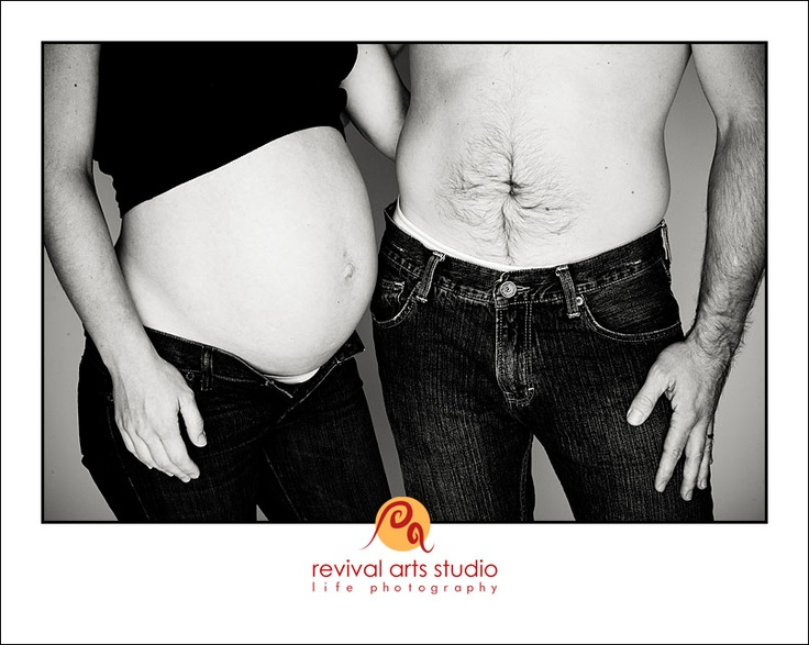 Couples baby bump photo idea