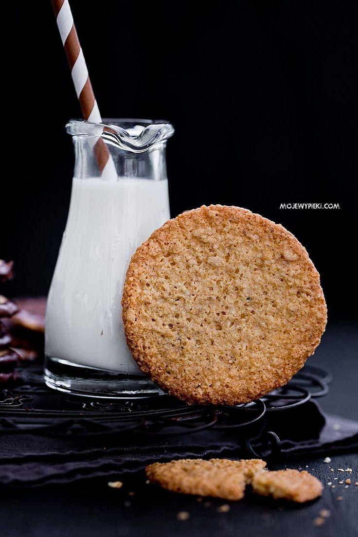 Chrupiące ciastka owsiane z czekoladą