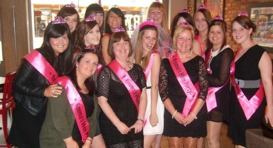 Hen Party Ideas For Small Groups: 22 Best Chair Dance Images On Pinterest