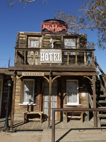 ジョシュアツリー旅行1 西部劇セットだった街 パイオニアタウン Pioneertown  Pioneertown California
