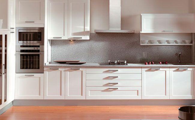 Materiales En Muebles De Cocina Las Puertas Por Fuera Laca Muebles De Cocina Muebles De Cocina De Madera Estilo De Cocina