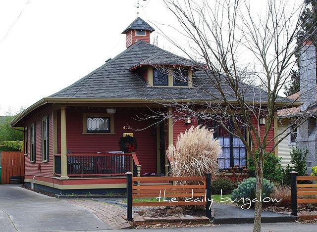 149 Best Bungalow Exteriors Images On Pinterest Exterior Homes Bungalow Exterior And Cottage