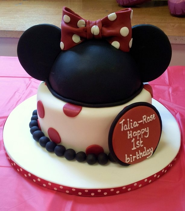 Cake Decoration Alexandria : 1000+ images about Minnie Mouse Cakes on Pinterest