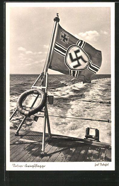 old postcard: AK Kriegsflagge der Kriegsmarine am Heck eines Schiffes